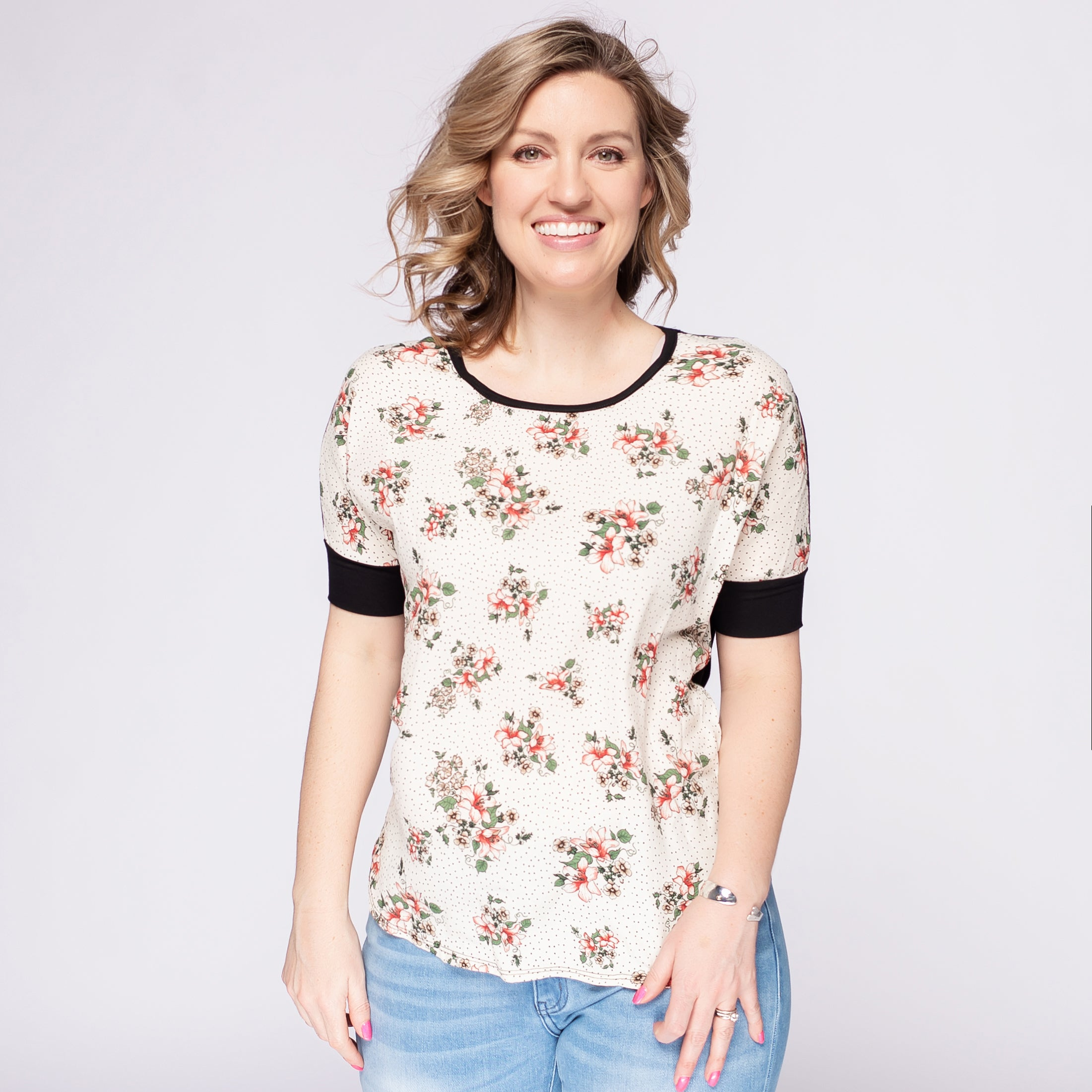 Short Sleeved Floral Top with Solid Back *Final Sale*