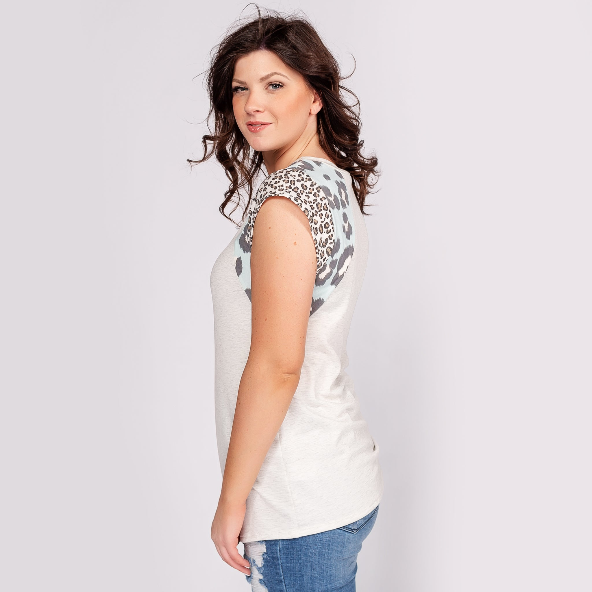 Top with Cap Sleeves and Animal Print Contrast
