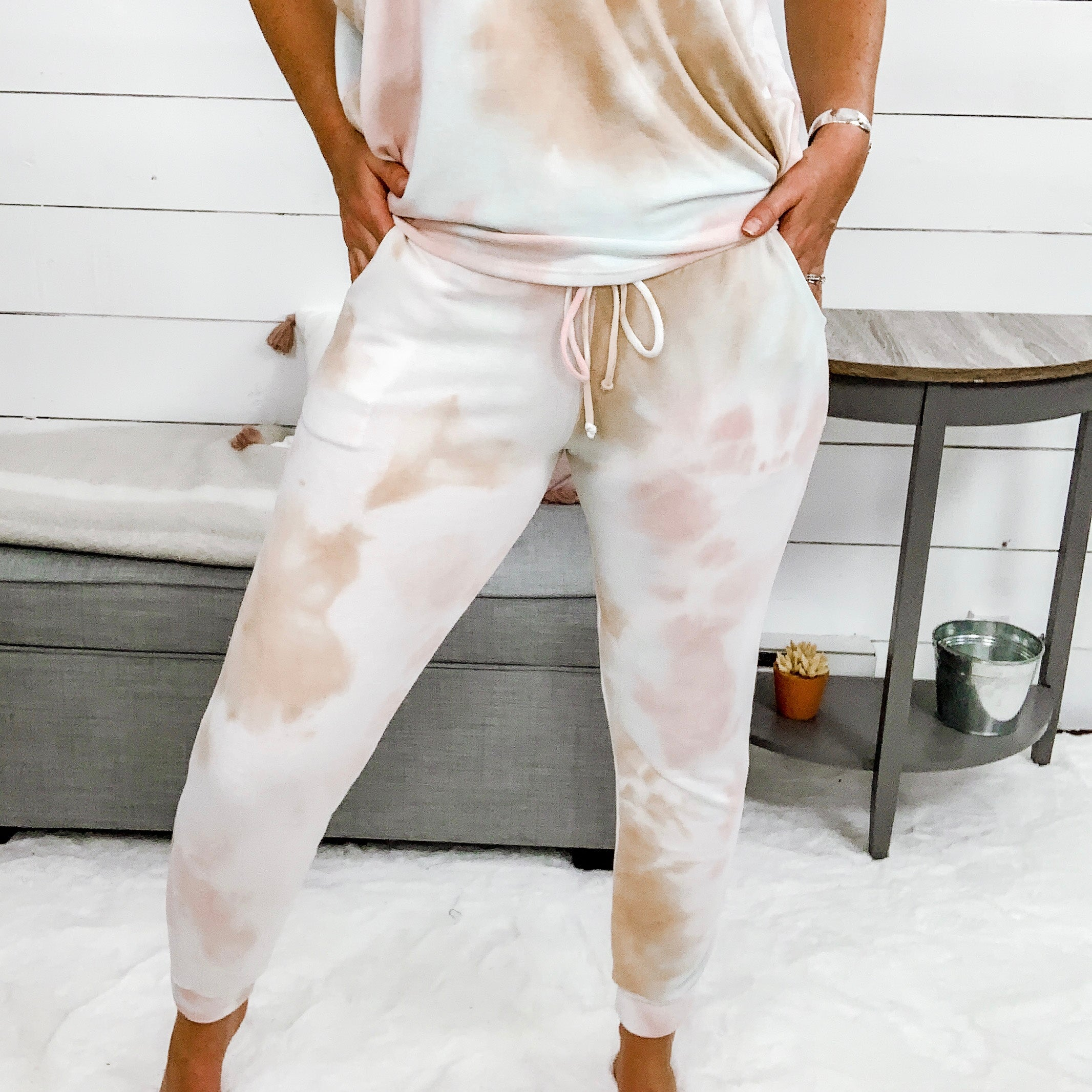 White Birch Tie Dye Joggers w/ Side Pockets