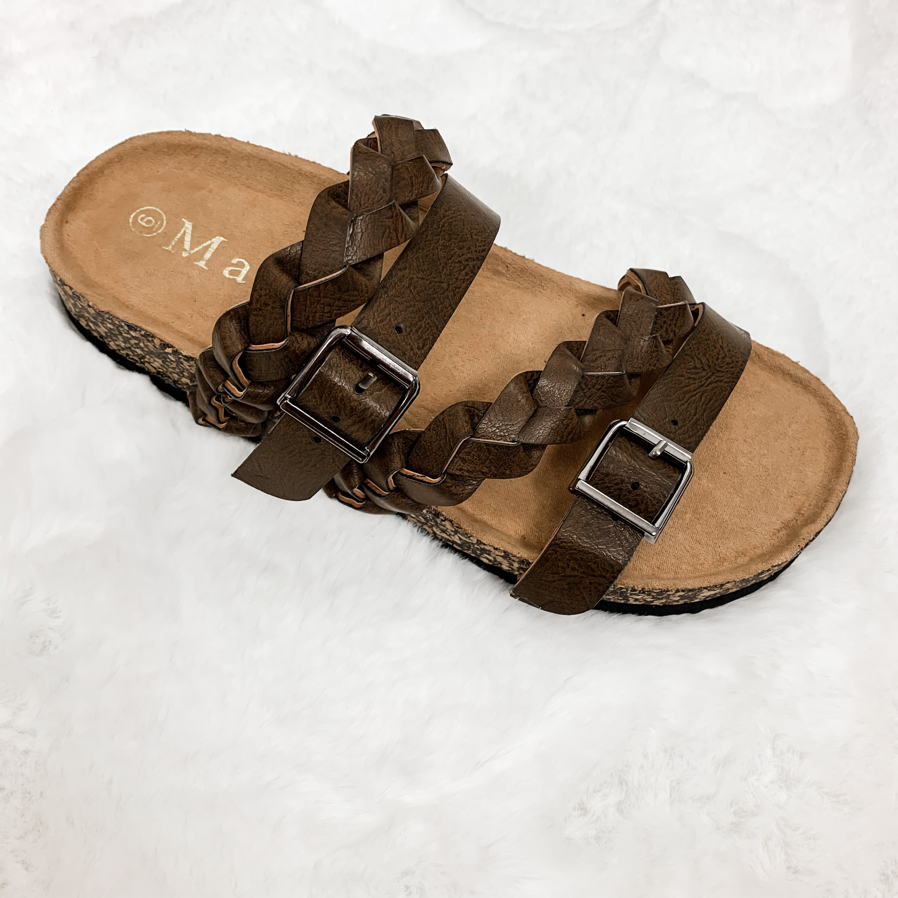 Mata Sandal With Multiple Straps