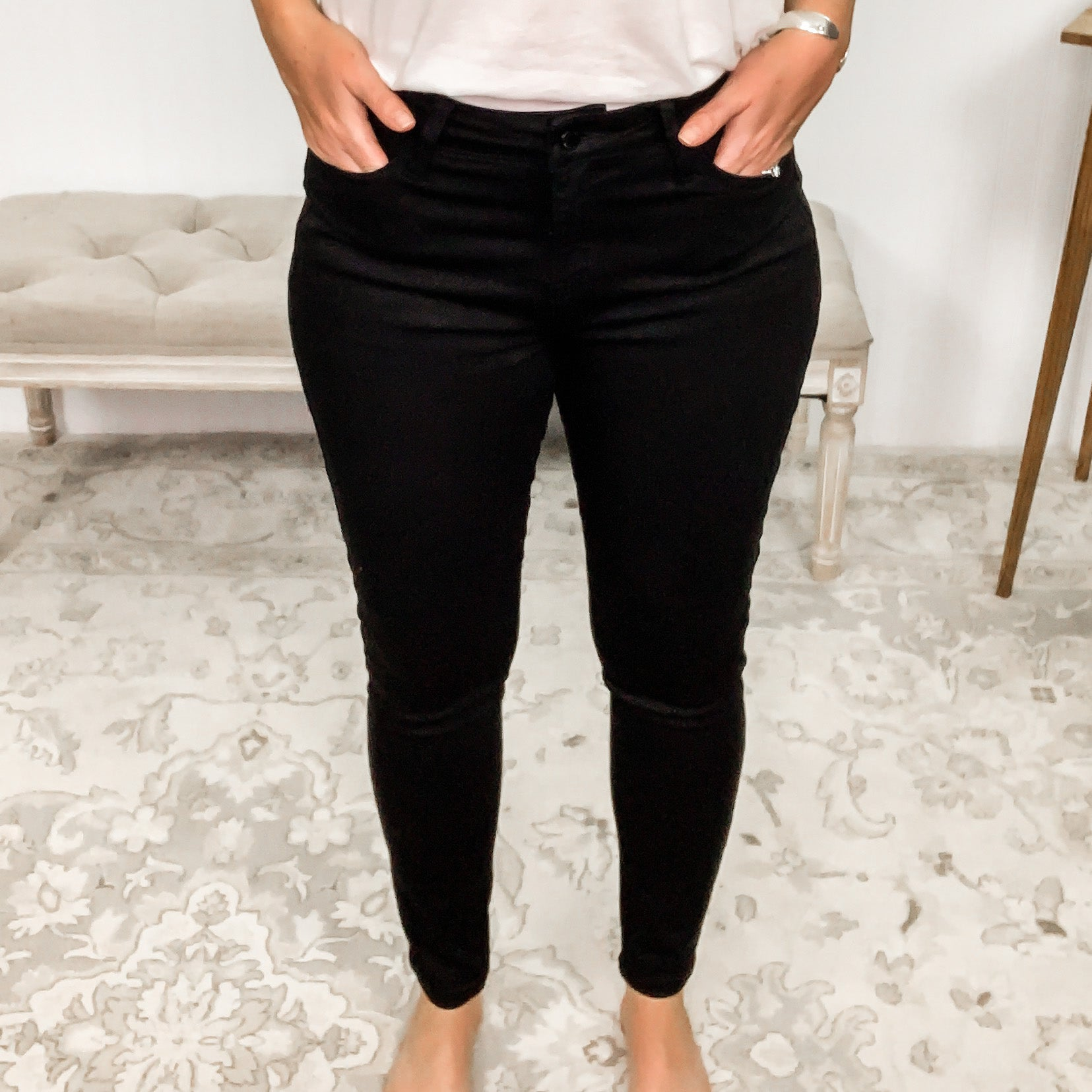 Judy Blue Mid-Rise Non-Distressed Black Skinny Jeans