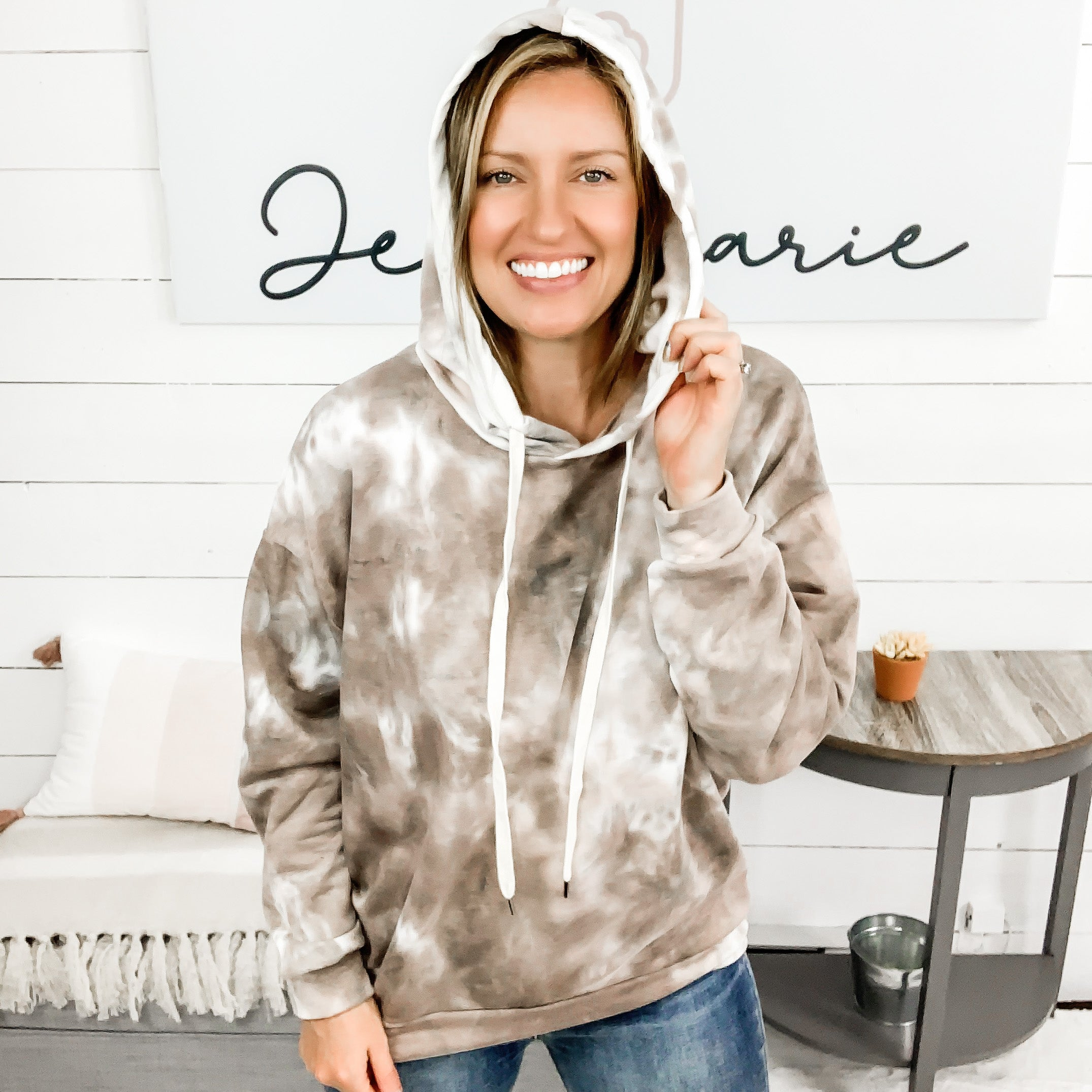 White Birch Burgundy or Mocha Long Sleeved Tie Dye Sweatshirt