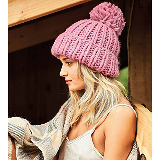 Dusky Pink - Lifestyle - Beechfield Womens-Ladies Oversized Hand Knitted Beanie
