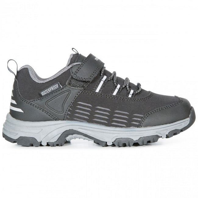 Black - Front - Trespass Childrens-Kids Harrelson Low Cut Hiking Trainers