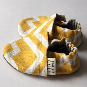 Mustard geometric sole - The Tiny Urban