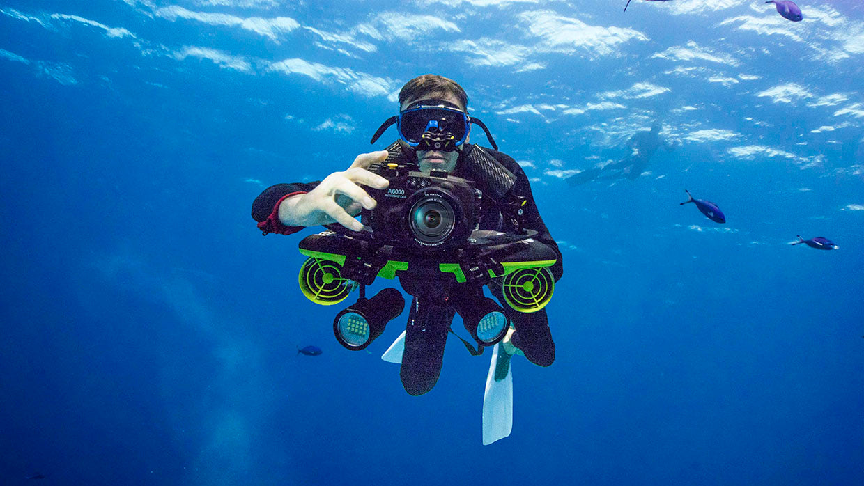 Sublue Seabow underwater scooter Capture amazing sights without boundaries