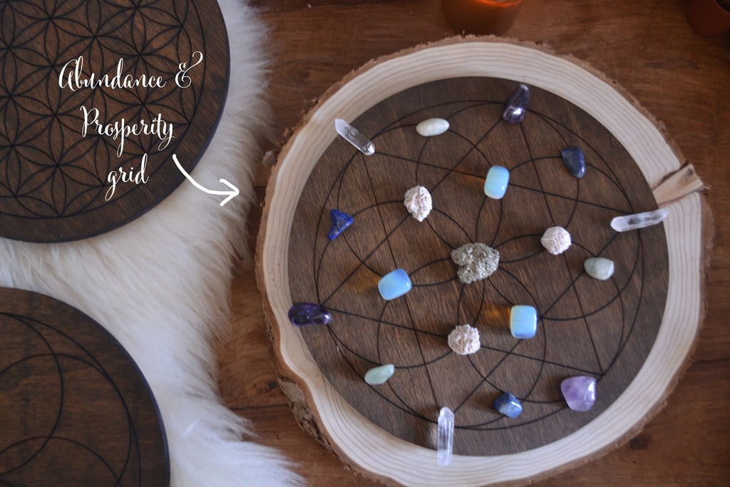 XL Wooden Crystal Grid - coppermoonboutique