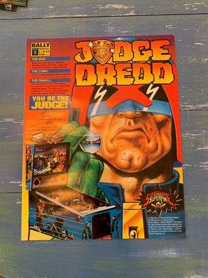 Judge Dredd Pinball Flyer w/ comic book