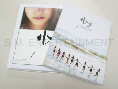 Used SNSD Girls Generation First Photo Book : ?? (in Tokyo)'