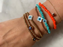 Load image into Gallery viewer, Rose gold evil eye charm bracelet