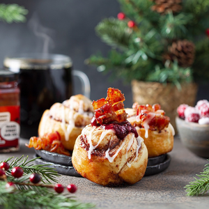 Bacon Jam Cinnamon Rolls