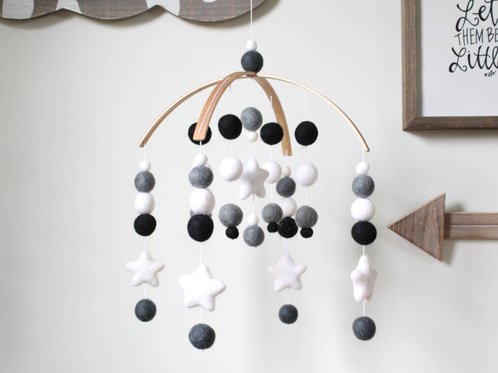 Black & White Star Mobile, Felt Ball Mobile, Baby Mobile