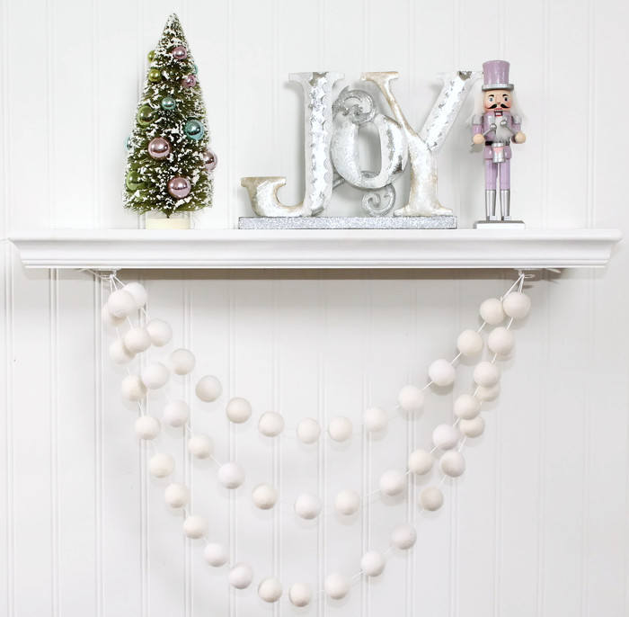White Felt Ball Garland for Christmas Trees, Pom Pom Garland, White Felt Balls