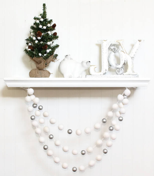 Felt Ball Garland with Silver Beads, Pom Pom Garland, Christmas Party Decor