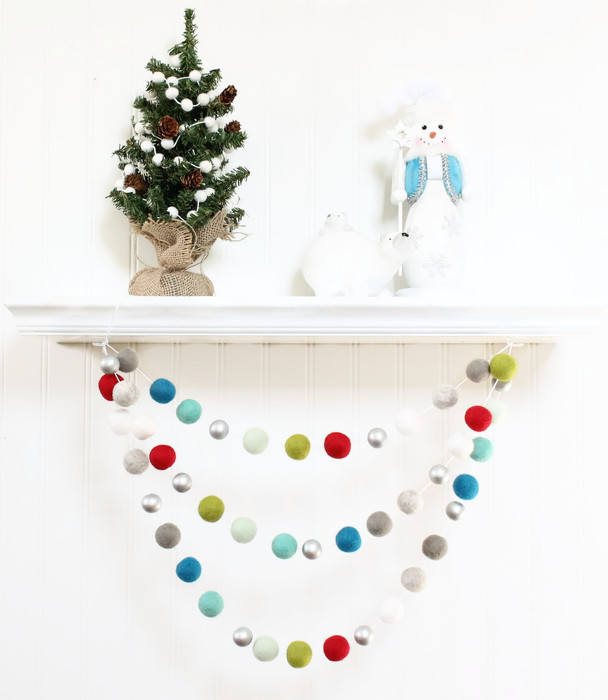 Christmas Ball Garland.Felt Ball Garland With Silver Beads Pom Pom Garland Christmas Party Decor