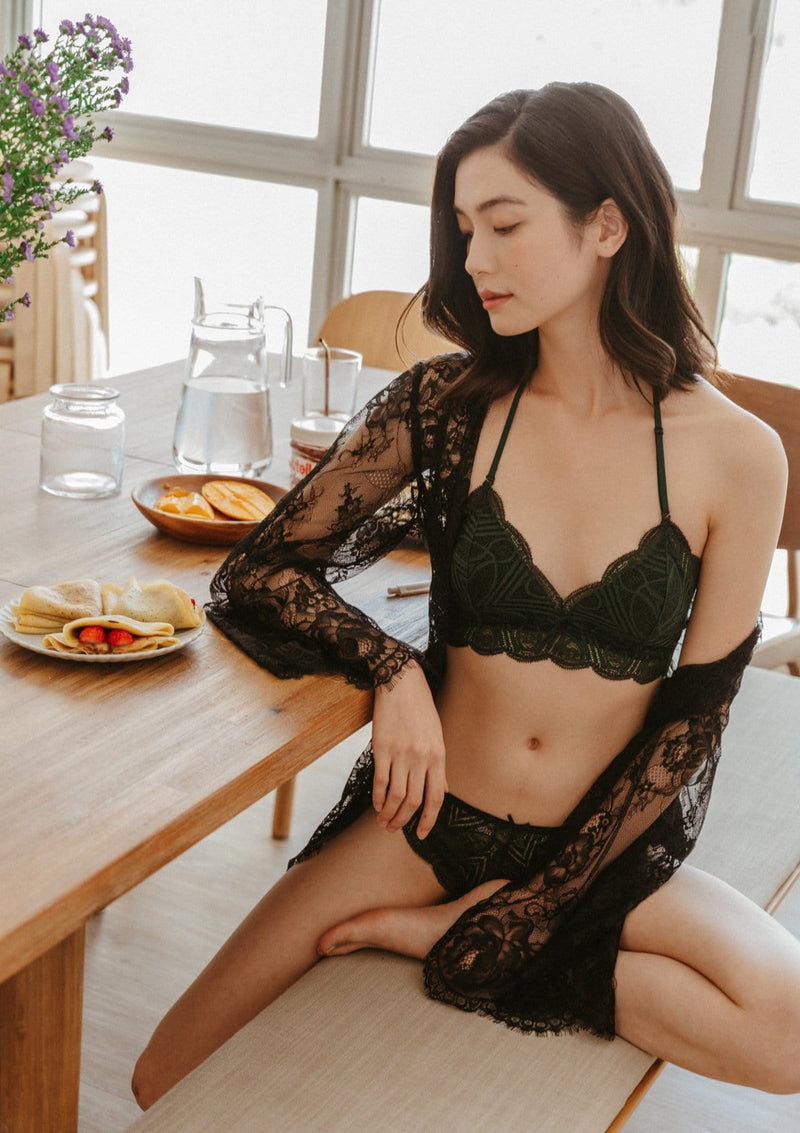 Iris Lace Robe Black