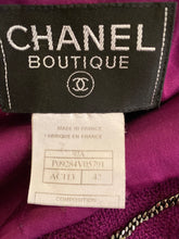 Load image into Gallery viewer, Chanel Vintage 97A, 1997 Fall Merlot Boucle jacket blazer FR 42 US 4/6