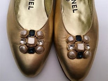 Load image into Gallery viewer, Vintage Chanel Metallic Gold Gripoix beaded Ballet Ballerina Flats Shoes EU 36 US 5/5.5