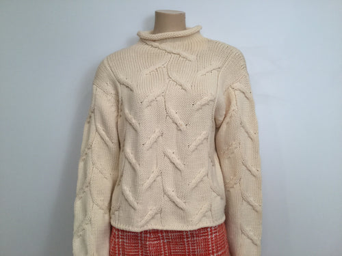 Vintage Chanel 99A winter white Ivory Ecru Cable Knit Wool Sweater FR 40 US 6/8