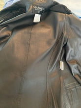 Load image into Gallery viewer, Vintage Chanel 98P 1998 Spring Suede and Lambskin Leather Beige/Dark Brown Trim Jacket FR 36
