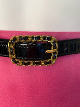 Load image into Gallery viewer, 95P Chanel Vintage Skinny Black Patent Leather Woven Gold Chain Belt Sz Small