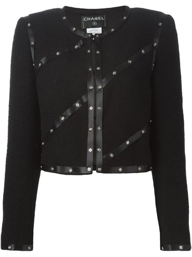 Chanel 03A Snap Collection black Cropped Boucle Tweed Jacket FR 42