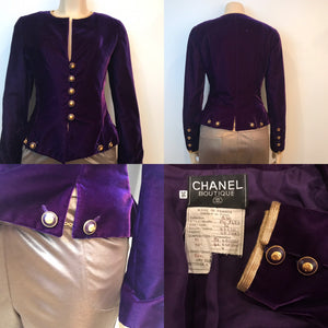 Vintage Chanel 93P, 1993 Spring purple velvet jacket FR 36 US 2/4