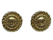 Load image into Gallery viewer, Chanel Vintage 1989 Clip on Round Gold Metal CC logo Earrings