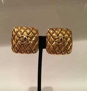 Chanel vintage oversized 1988 Square Gold Metal CC Logo Clip on Earrings