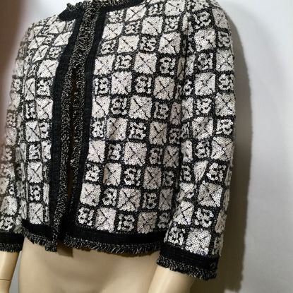 Chanel 10P Spring NWT New with Tags Sequin Beaded Crop Grey Jacket FR 46 US 12/14