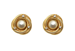 Chanel Vintage 1980 Pearl Gold Metal Crystal Clip On Earrings