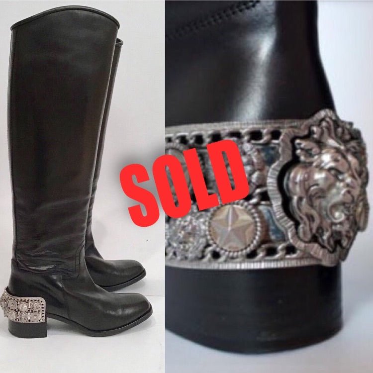 Chanel 07A Paris Monte Carlo Lion Head Icons tall black leather riding boots EU 39.5 US 8.5/9