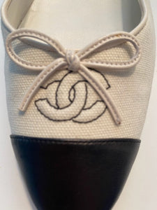 Chanel Fabric CC bicolor Ecru/Black ballet ballerina flats shoes EU 39.5 US 8.5/9