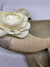 Load image into Gallery viewer, Chanel camellia ballet ballerina flats EU 38 1/2 C
