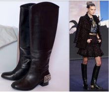 Load image into Gallery viewer, Chanel 07A Paris Monte Carlo Collection Lions Head Icon tall black leather riding boots EU 39.5 US 8.5/9