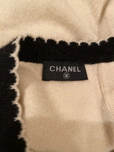 Load image into Gallery viewer, Chanel Winter White Sweater Top Blouse US 6