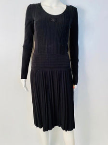 Chanel 05A Black Long Sleeve Ribbed CC Logo Sweater Dress FR 38 US 4/6