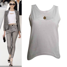 Load image into Gallery viewer, New with Tags Chanel 2007 Spring, 07P White medallion Charm tee Cotton T-shirt FR 40 US 6
