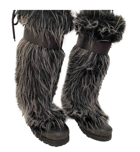 Chanel vintage 02 Fantasy Fur Yeti gray knee high snow boots US size 7/7.5
