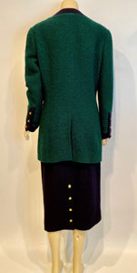 93A, 1993 Fall Rare Vintage Chanel Boucle green Navy Blue skirt suit set US 10