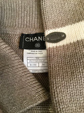 Load image into Gallery viewer, Vintage Chanel 99A pullover collar wool cashmere sweater taupe brown FR 34 US 2/4