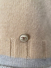 Load image into Gallery viewer, NWT Chanel 12A ecru pullover turtleneck sweater FR 38