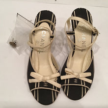 Load image into Gallery viewer, Chanel Vintage Canvas Wedge Heels Black Ecru Ivory bow strap sandals EU 35 Sz 4/4.5