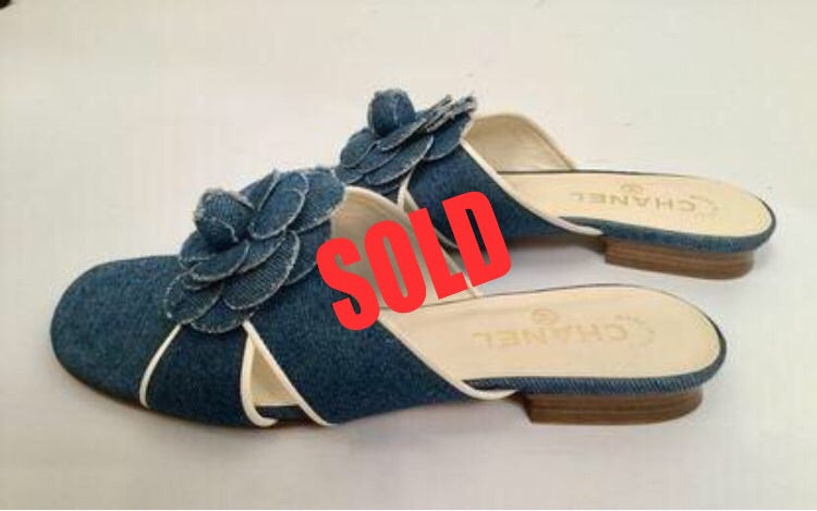 Chanel Denim camellia Flower Slip On Sandals Slides EU 38 US 7.5