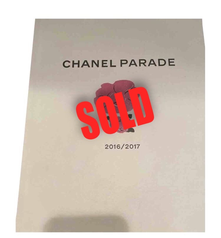Hard Cover Chanel 2016/2017 Fall Winter