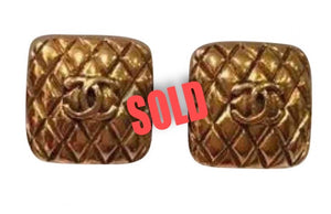 1988 Chanel vintage oversized Square Gold Metal CC Logo Clip on Earrings