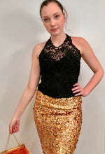 Load image into Gallery viewer, Chanel 06C, 2006 Cruise Resort Gold Sequin short mini skirt FR 42 US 6/8