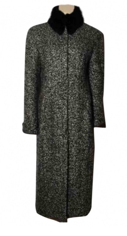 Sophisticated Chanel 02A Fall Long Wool Tweed Black White Duster Removable Fur Trim Collar Coat Jacket FR 40