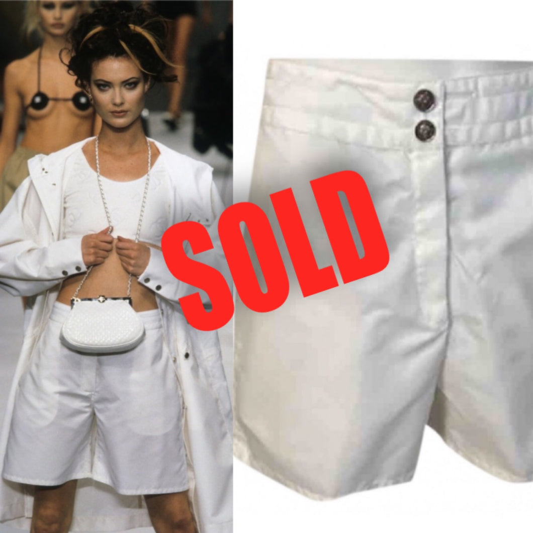 96P, 1996 Spring Vintage Chanel Boutique White Nylon Sport Shorts US 6