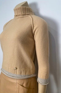 NWT Chanel 12A ecru pullover turtleneck sweater FR 38